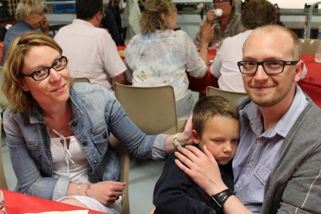 077 bertrand f et sa petite famille